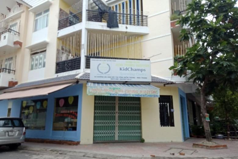 Clip cô giáo đánh trẻ mầm non gây xôn xao dư luận ở Nha Trang Ảnh 1