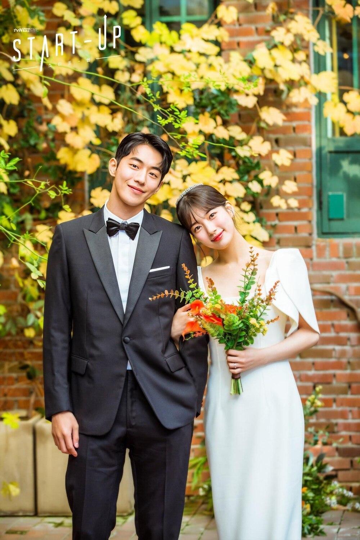 Nam Joo Hyuk - Suzy kết hôn, ảnh cưới đẹp như cổ tích: Dân tình gọi tên Kim Sun Ho! Ảnh 3