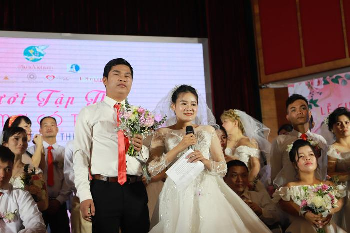46 cặp đôi rạng rỡ hạnh phúc trong Lễ cưới tập thể 'Giấc mơ có thật' Ảnh 8