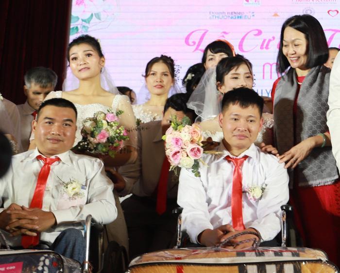 46 cặp đôi rạng rỡ hạnh phúc trong Lễ cưới tập thể 'Giấc mơ có thật' Ảnh 5