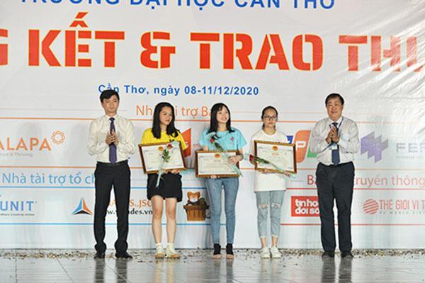 Sinh viên Đại học Công nghệ giành suất vào chung kết toàn cầu thi lập trình ICPC 2021 Ảnh 4