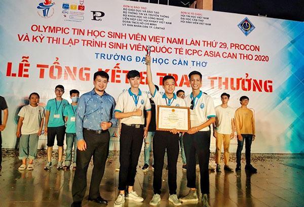 Sinh viên Đại học Công nghệ giành suất vào chung kết toàn cầu thi lập trình ICPC 2021 Ảnh 3