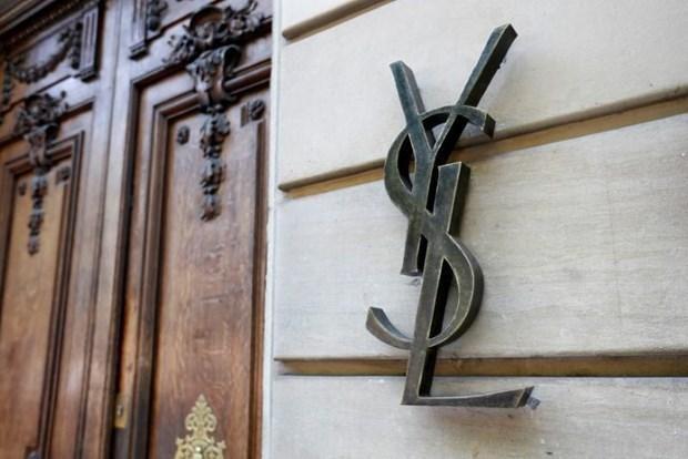'Công ty mẹ' của Yves Saint Laurent và Gucci bị điều tra gian lận thuế Ảnh 1