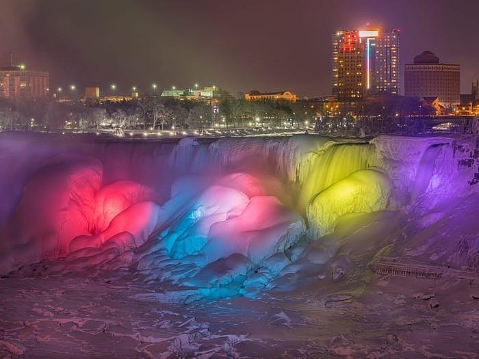 Thác Niagara đống băng vào mùa đông khiến bất cứ ai cũng muốn ghé thăm Ảnh 10
