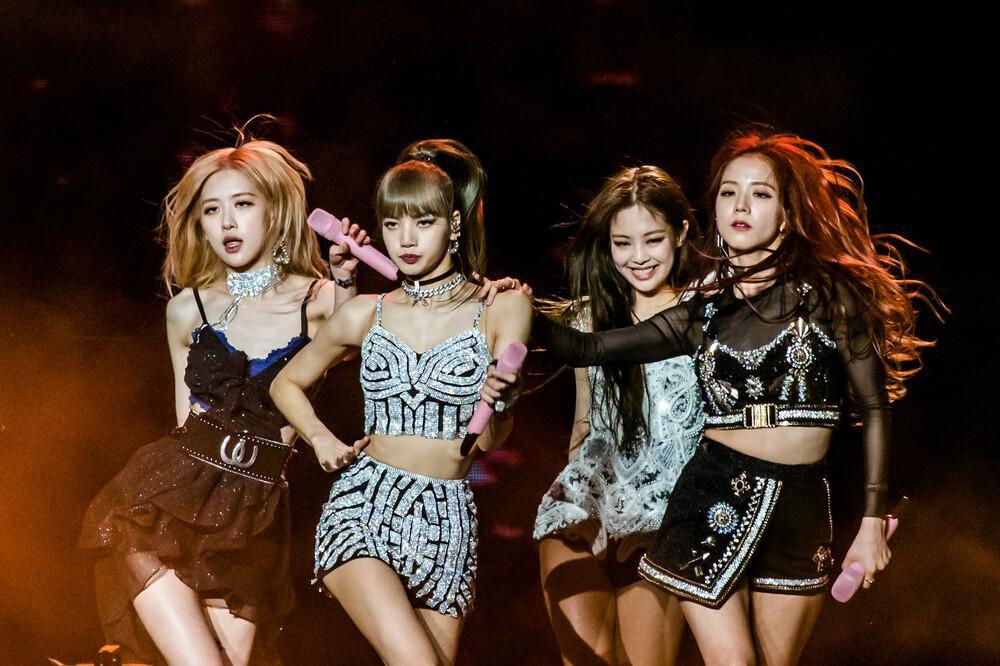 Lệnh cấm hát nhép vừa bãi bỏ, Chi Pu mong muốn đứng trên sân khấu Ariana Grande, BlackPink từng diễn Ảnh 4