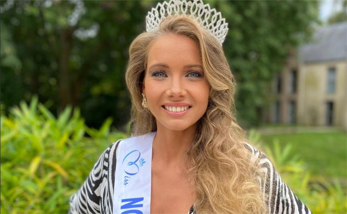 Nhan sắc người mẫu đăng quang Hoa hậu Pháp 2021 Ảnh 3