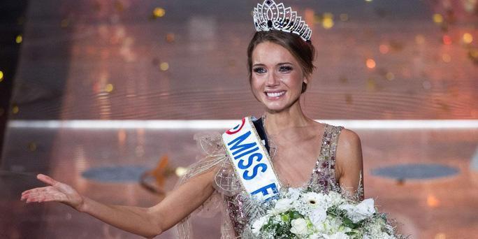 Nhan sắc người mẫu đăng quang Hoa hậu Pháp 2021 Ảnh 2