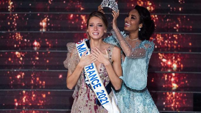 Nhan sắc người mẫu đăng quang Hoa hậu Pháp 2021 Ảnh 1