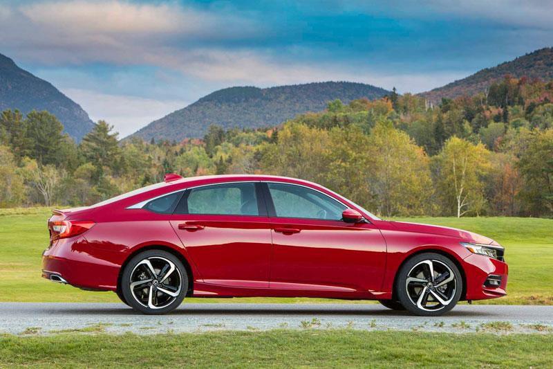 Top 10 ôtô bán chạy nhất tại Mỹ: Toyota Camry xếp trên Honda CR-V Ảnh 10