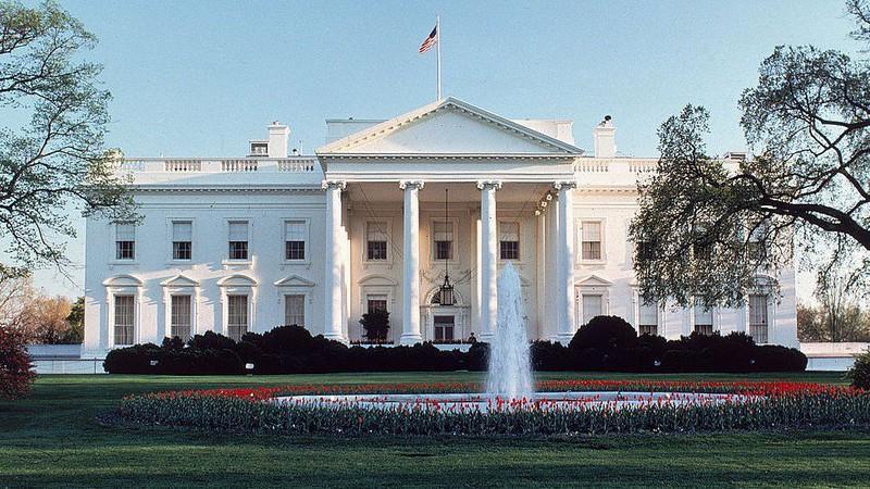 Ông Trump ra sắc lệnh yêu cầu xây dựng công trình 'đẹp' Ảnh 2