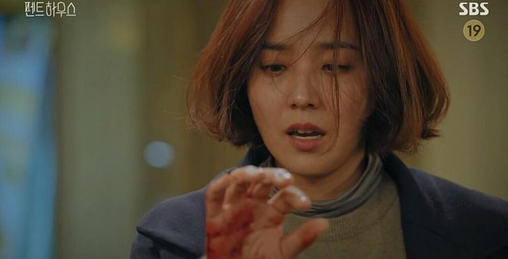 'Penthouse' tập 16: Mẹ Rona chính là hung thủ giết Min Seol Ah - màn trả thù điên cuồng sắp diễn ra! Ảnh 3