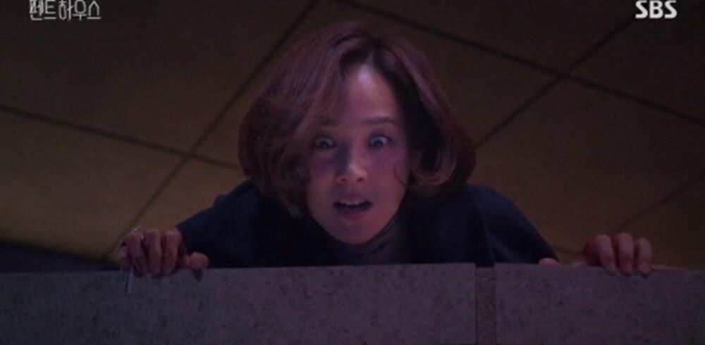 'Penthouse' tập 16: Mẹ Rona chính là hung thủ giết Min Seol Ah - màn trả thù điên cuồng sắp diễn ra! Ảnh 2