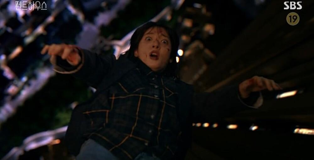 'Penthouse' tập 16: Mẹ Rona chính là hung thủ giết Min Seol Ah - màn trả thù điên cuồng sắp diễn ra! Ảnh 5