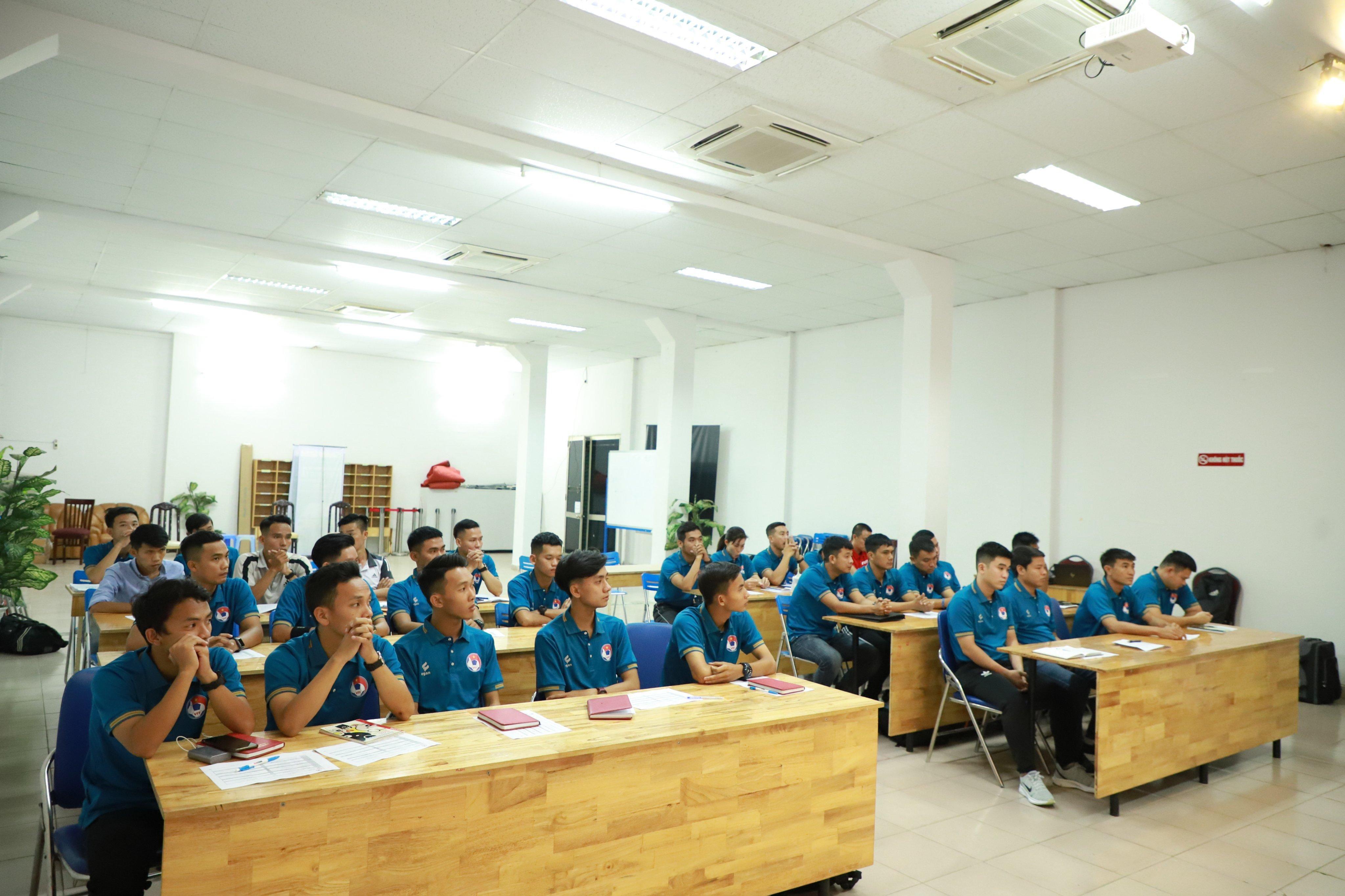 28 học viên trọng tài dự lớp đào tạo nâng cao trọng tài futsal quốc gia 2020 Ảnh 1