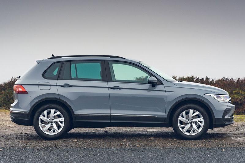 Top 10 ôtô bán chạy nhất tại châu Âu: Volkswagen Golf mất 'ngôi vương' Ảnh 4