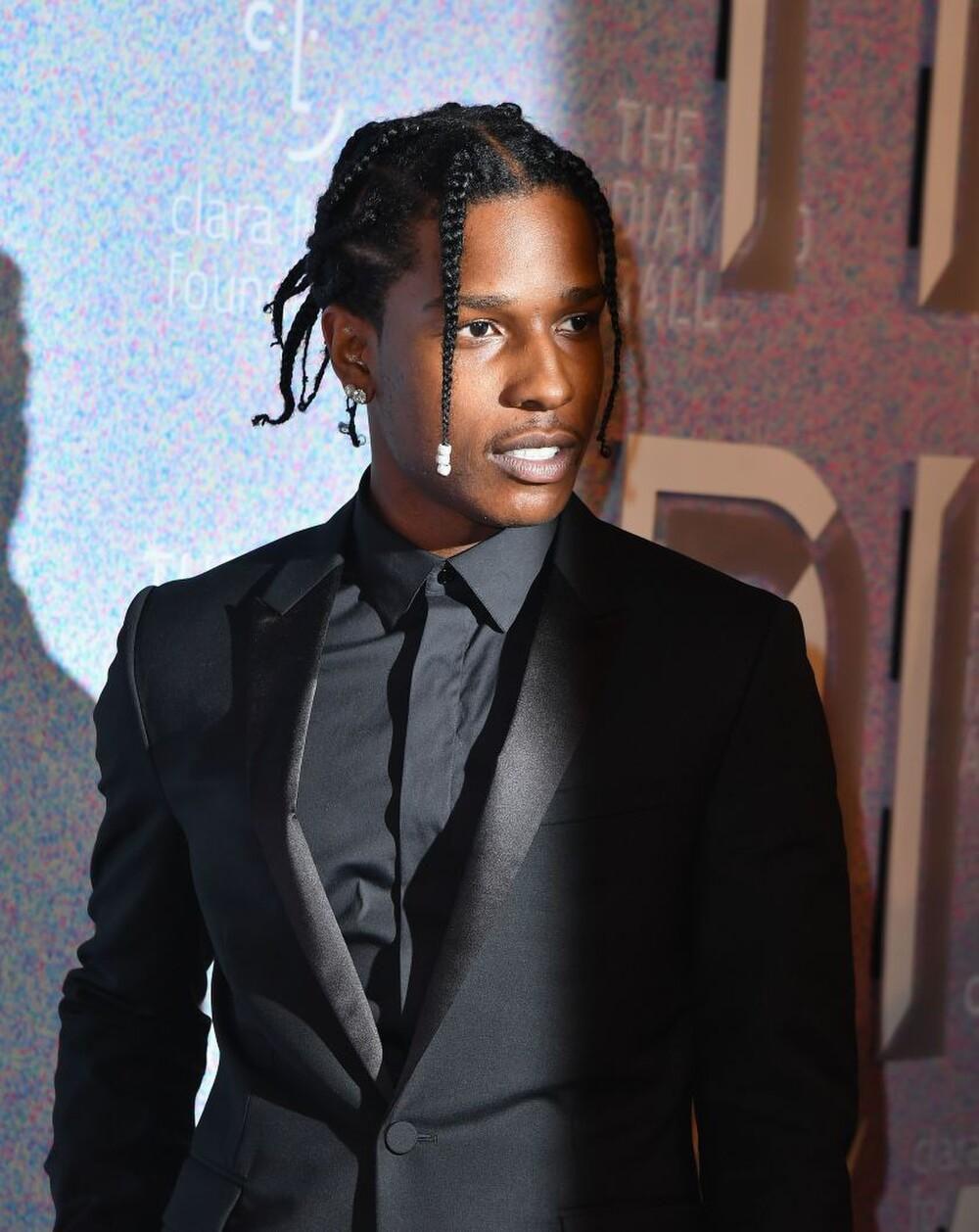 Rihanna và A$AP Rocky bị fan nghi ngờ rằng đang cùng nhau nghỉ dưỡng? Ảnh 3