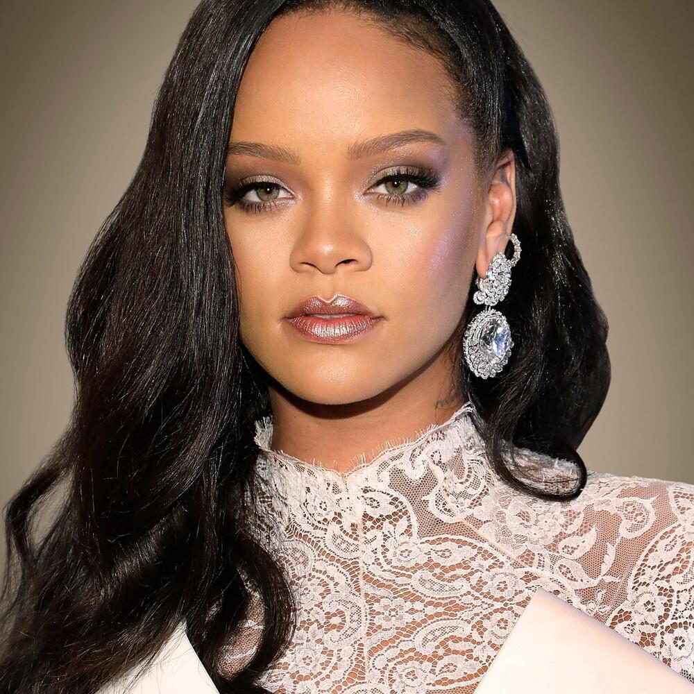 Rihanna và A$AP Rocky bị fan nghi ngờ rằng đang cùng nhau nghỉ dưỡng? Ảnh 2