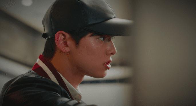 'True Beauty': Hé lộ bí mật của Cha Eun Woo, khiến anh khóc nức nở như một đứa trẻ Ảnh 2