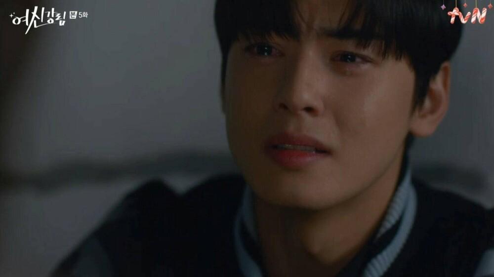 'True Beauty': Hé lộ bí mật của Cha Eun Woo, khiến anh khóc nức nở như một đứa trẻ Ảnh 6