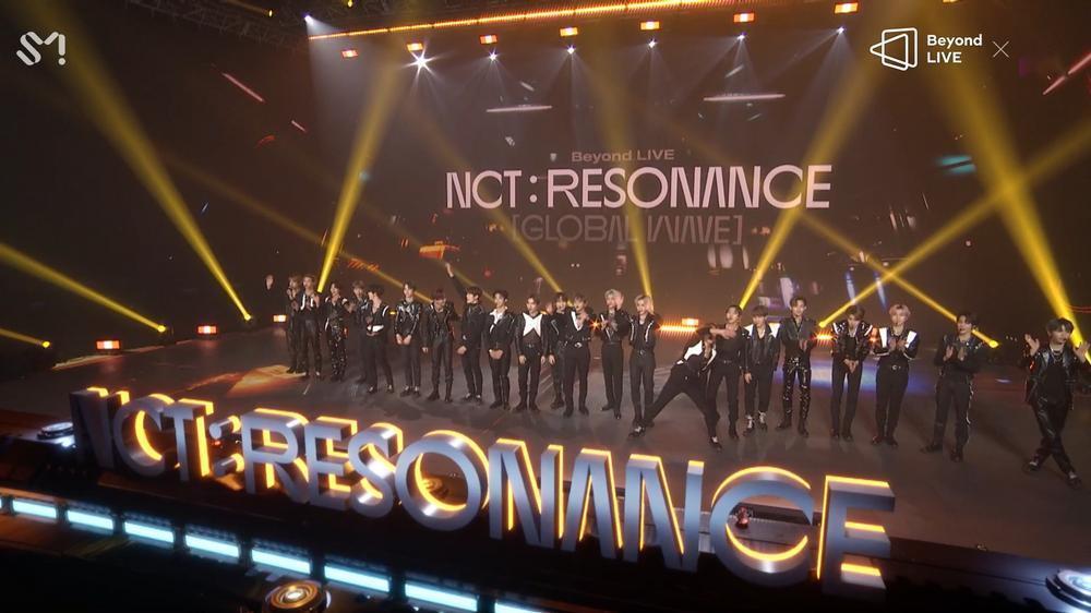 NCT 2020 và concert online đầu tay: Bứt phá giới hạn cảm xúc, loạt hit đình đám từ khi debut 'ra trận' Ảnh 16