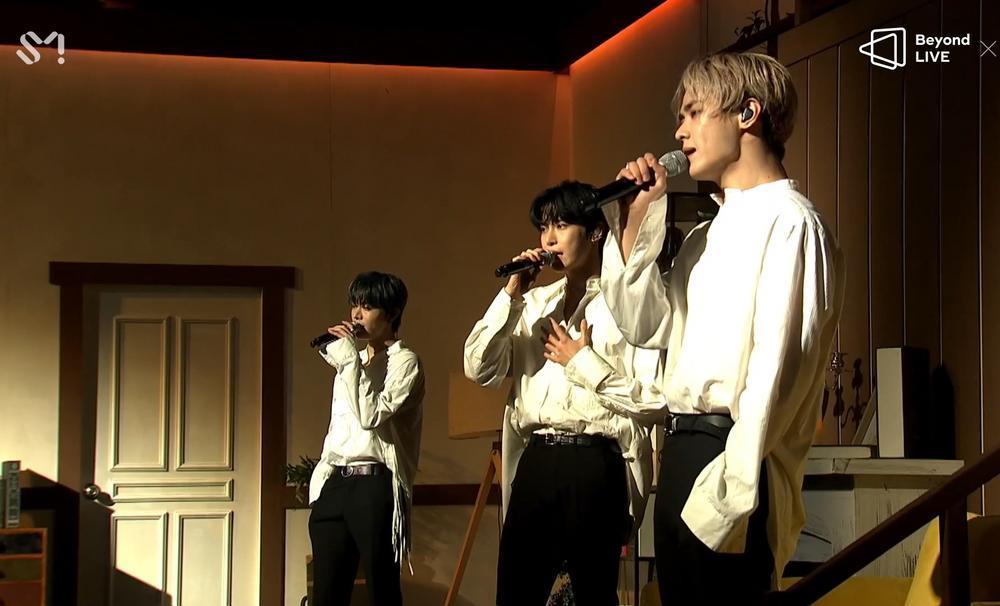 NCT 2020 và concert online đầu tay: Bứt phá giới hạn cảm xúc, loạt hit đình đám từ khi debut 'ra trận' Ảnh 12