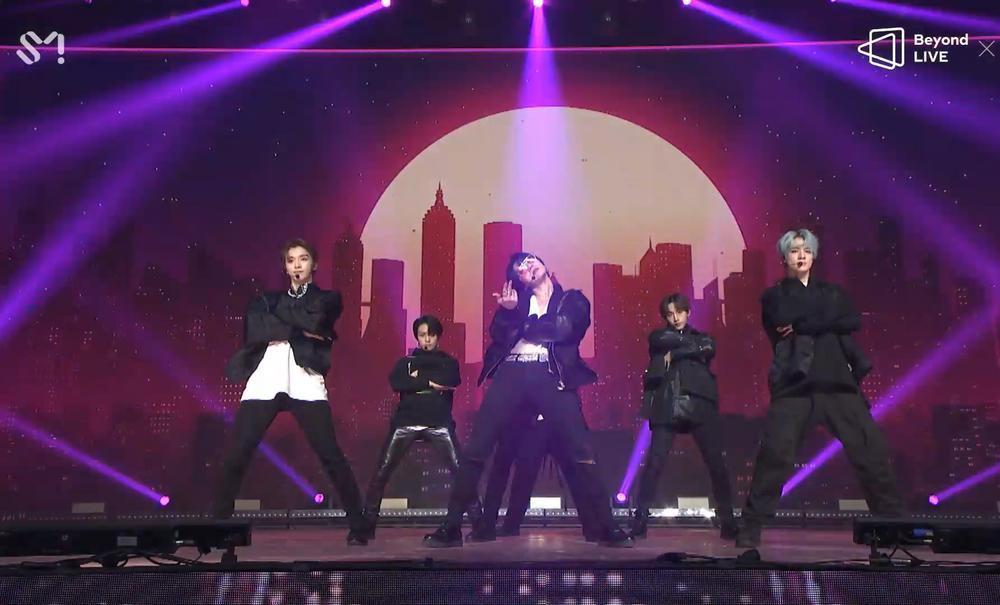 NCT 2020 và concert online đầu tay: Bứt phá giới hạn cảm xúc, loạt hit đình đám từ khi debut 'ra trận' Ảnh 3