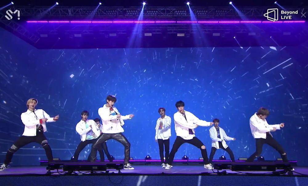NCT 2020 và concert online đầu tay: Bứt phá giới hạn cảm xúc, loạt hit đình đám từ khi debut 'ra trận' Ảnh 6