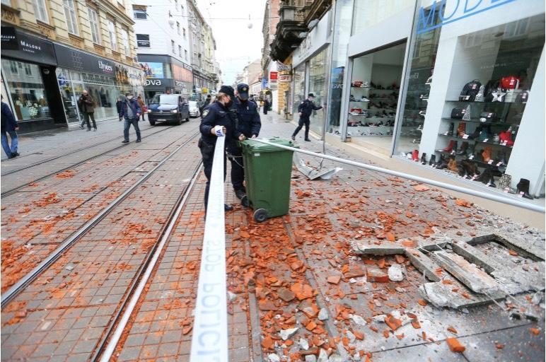 Động đất mạnh ở Croatia, nhiều tòa nhà đổ sập Ảnh 1