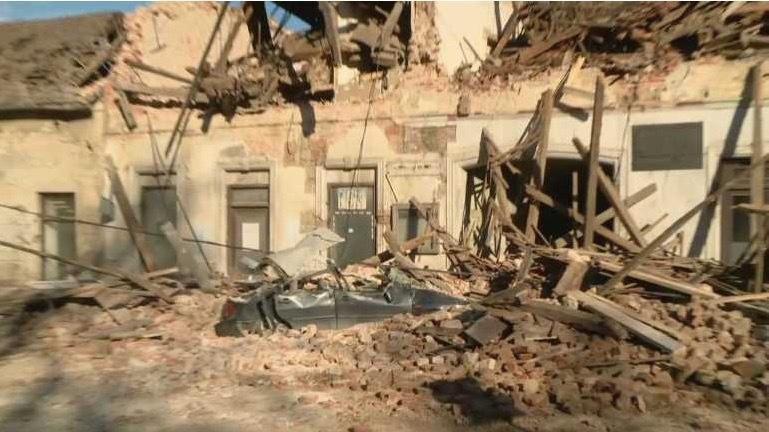 Động đất mạnh ở Croatia, nhiều tòa nhà đổ sập Ảnh 2