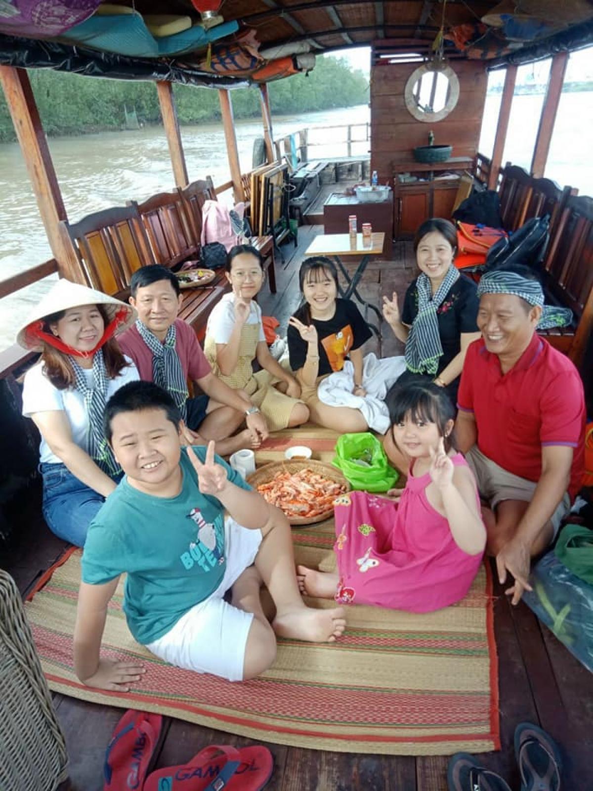 Tiền Giang - Bến Tre: Dịp nghỉ tết dương lịch khách du lịch tăng cao, đảm bảo an toàn Ảnh 2