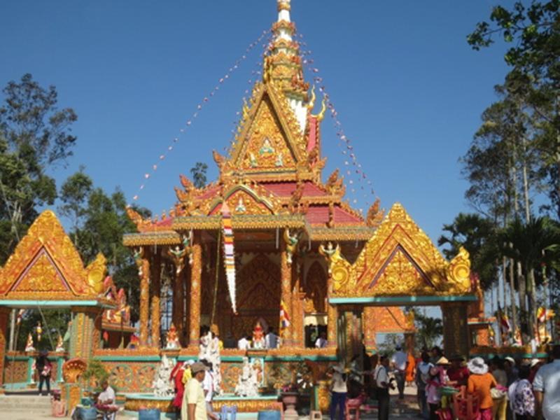 Chùa Đìa Muồng - nơi lưu giữ nét văn hóa độc đáo Khmer Ảnh 1