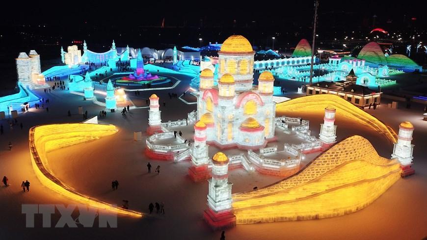 Trung Quốc: Lung linh Lễ hội băng đăng 2021 ở Cáp Nhĩ Tân Ảnh 2
