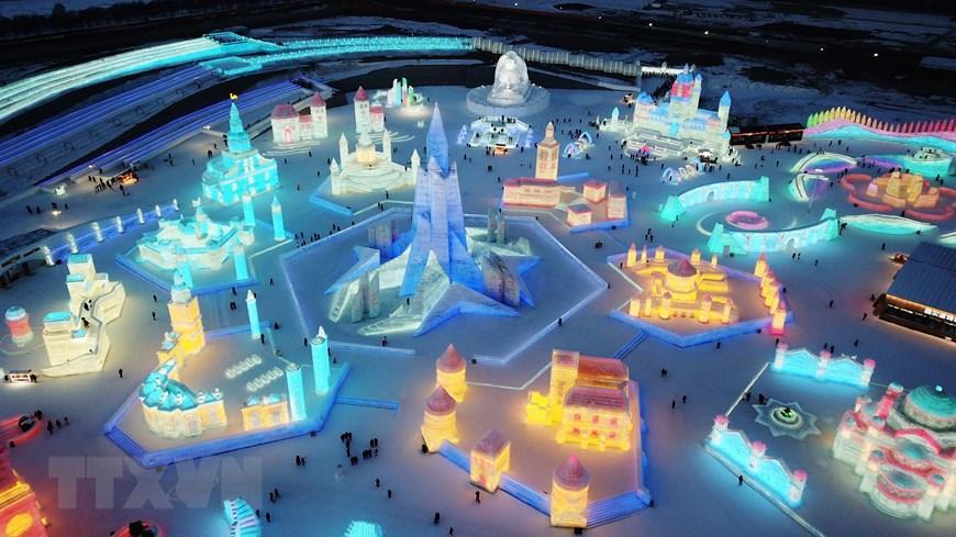 Trung Quốc: Lung linh Lễ hội băng đăng 2021 ở Cáp Nhĩ Tân Ảnh 5