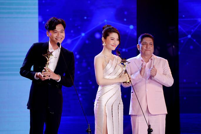 Diễm My 9X nghẹn ngào nhận giải thưởng đầu tiên nghiệp diễn Ảnh 1