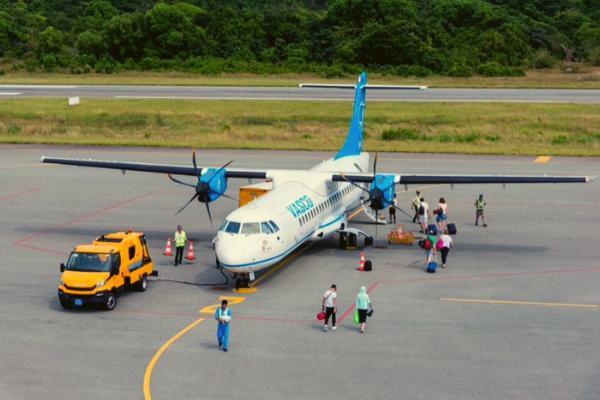 Hành khách quên túi có số tiền lớn trên máy bay của Vietnam Airlines Ảnh 1