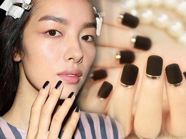 Năm 2021 đến rồi, mẫu nail màu đen ngỡ đơn giản cũng có trăm kiểu cho nàng thử quanh năm Ảnh 1