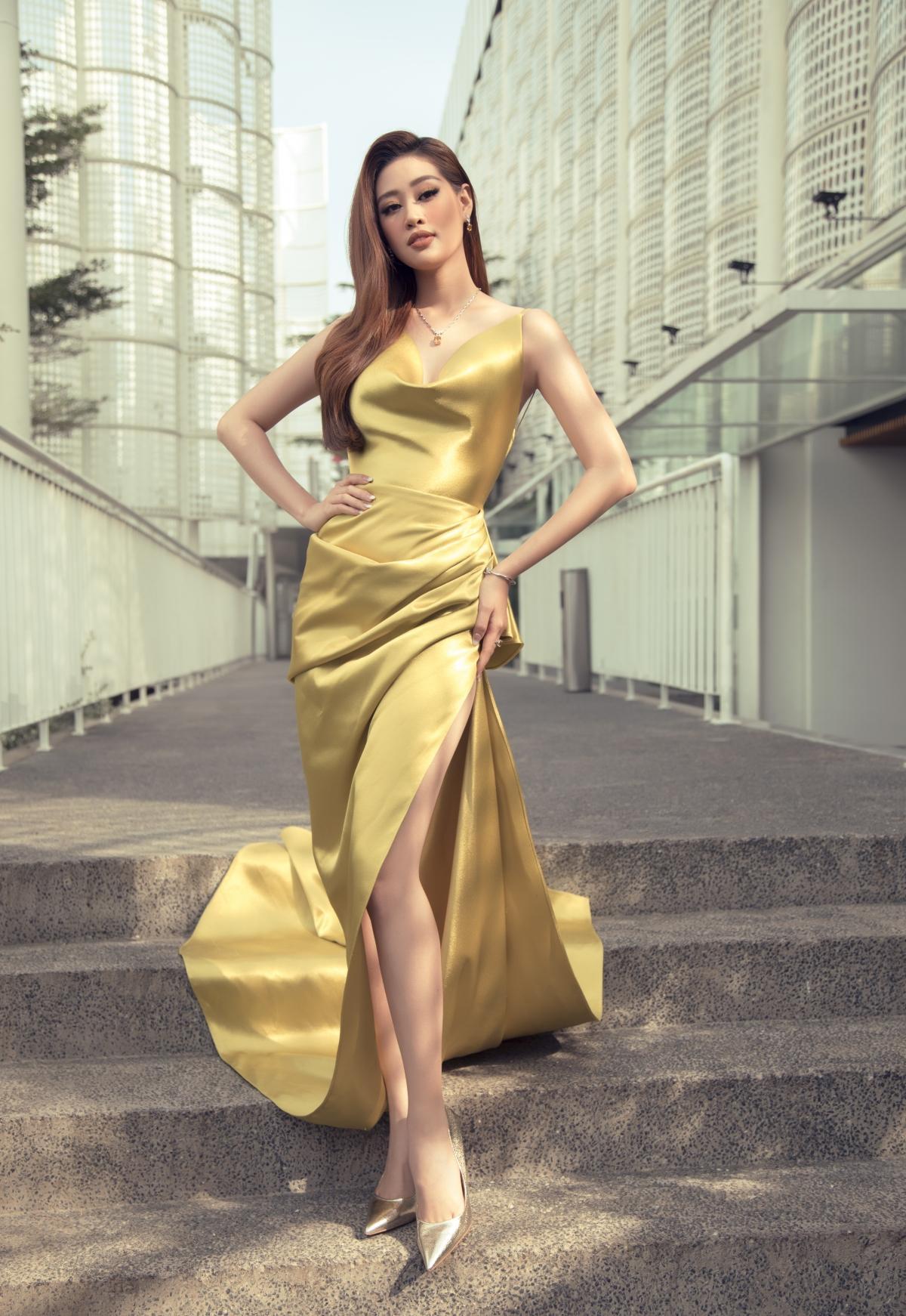 Hoa hậu Khánh Vân xinh đẹp nổi bật với đầm vàng gợi cảm đi dự sự kiện Ảnh 5
