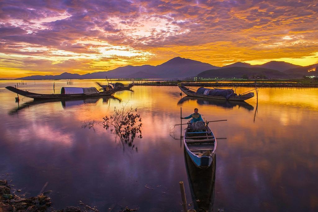 Vẻ đẹp đầm Cầu Hai qua góc nhìn của tay máy Khang Chu Long Ảnh 1