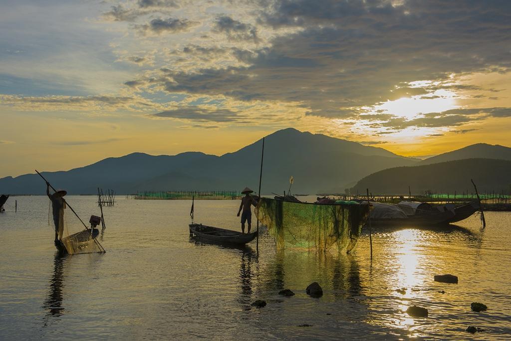 Vẻ đẹp đầm Cầu Hai qua góc nhìn của tay máy Khang Chu Long Ảnh 3