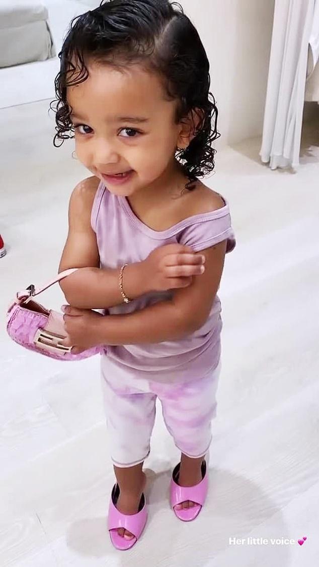 Con gái 3 tuổi của Kim Kardashian Ảnh 10