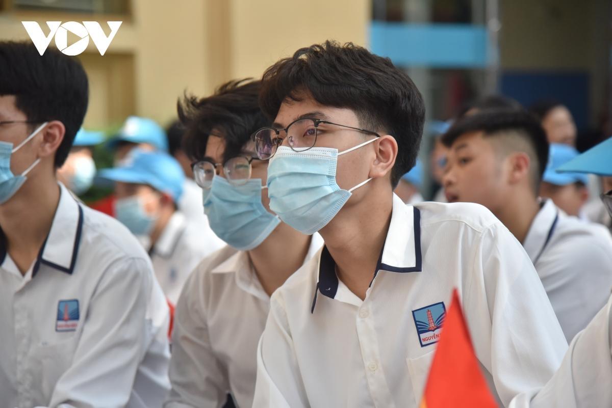 Đề thi vào lớp 10 THPT chuyên Ngoại ngữ 2021 sẽ không khuyến khích học thuộc lòng Ảnh 1