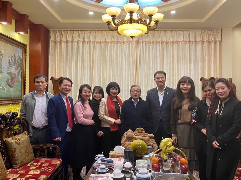 Lãnh đạo Bộ Tư pháp thăm hỏi cán bộ lão thành nhân dịp Tết Tân Sửu 2021 Ảnh 2