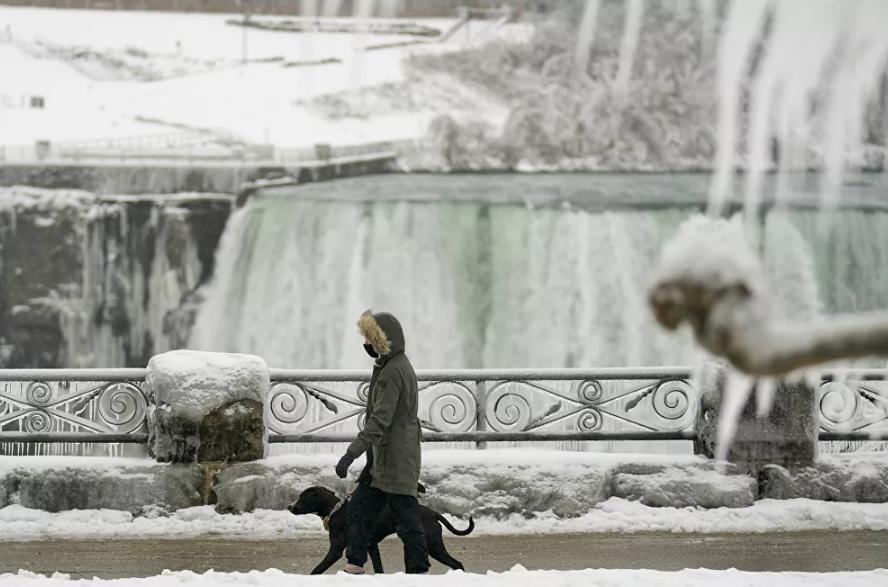 Vẻ đẹp của thác Niagara vào mùa đông Ảnh 7
