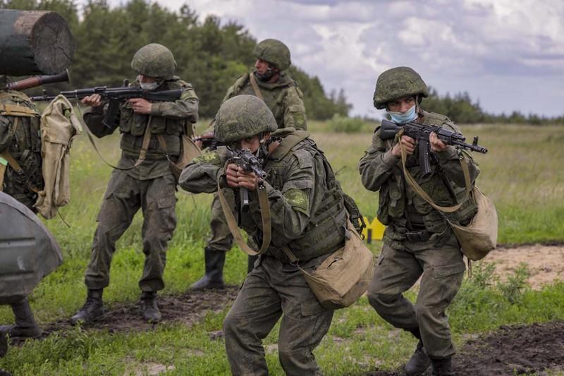 Báo Ukraine: Nga diễn tập tác chiến gần Donbass Ảnh 2