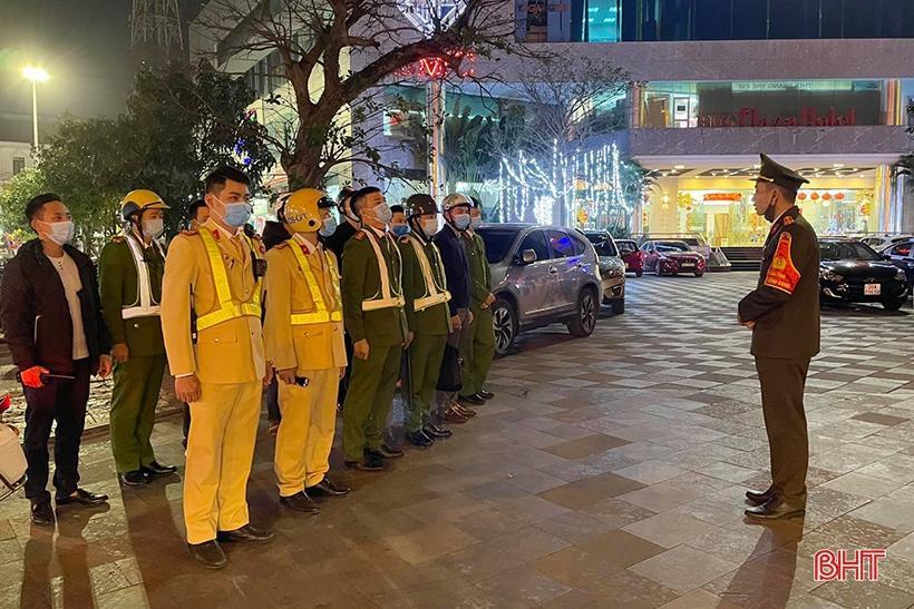 1.000 người ra quân quyết tâm vì một thành phố Hà Tĩnh không tiếng pháo nổ Ảnh 1