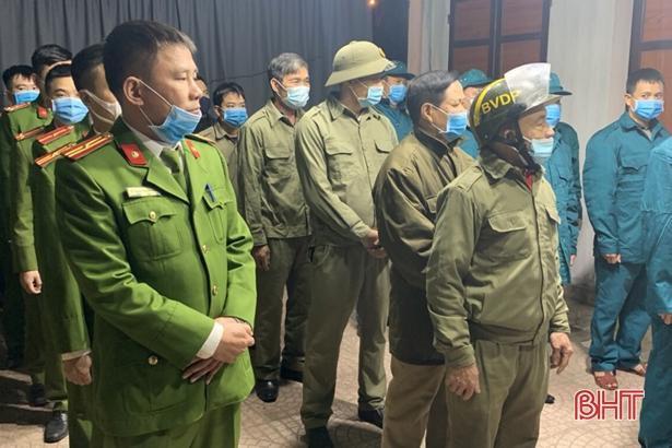 1.000 người ra quân quyết tâm vì một thành phố Hà Tĩnh không tiếng pháo nổ Ảnh 2