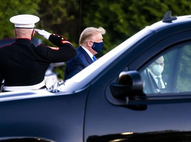 Cựu Tổng thống Trump từng suýt phải thở máy khi mắc COVID-19 Ảnh 1
