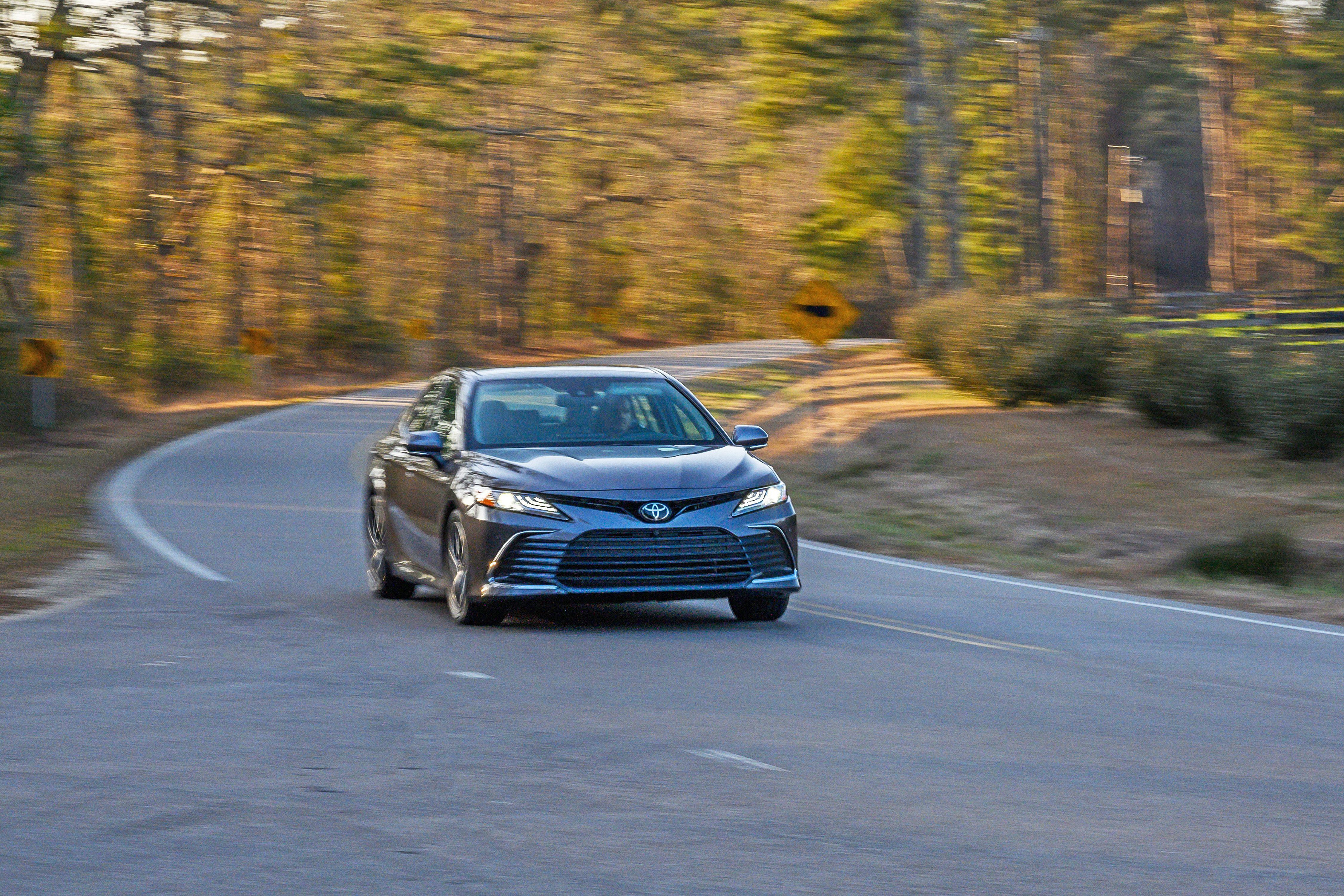 Toyota Camry AWD 2021 – vận hành linh hoạt với dẫn động 4 bánh Ảnh 2