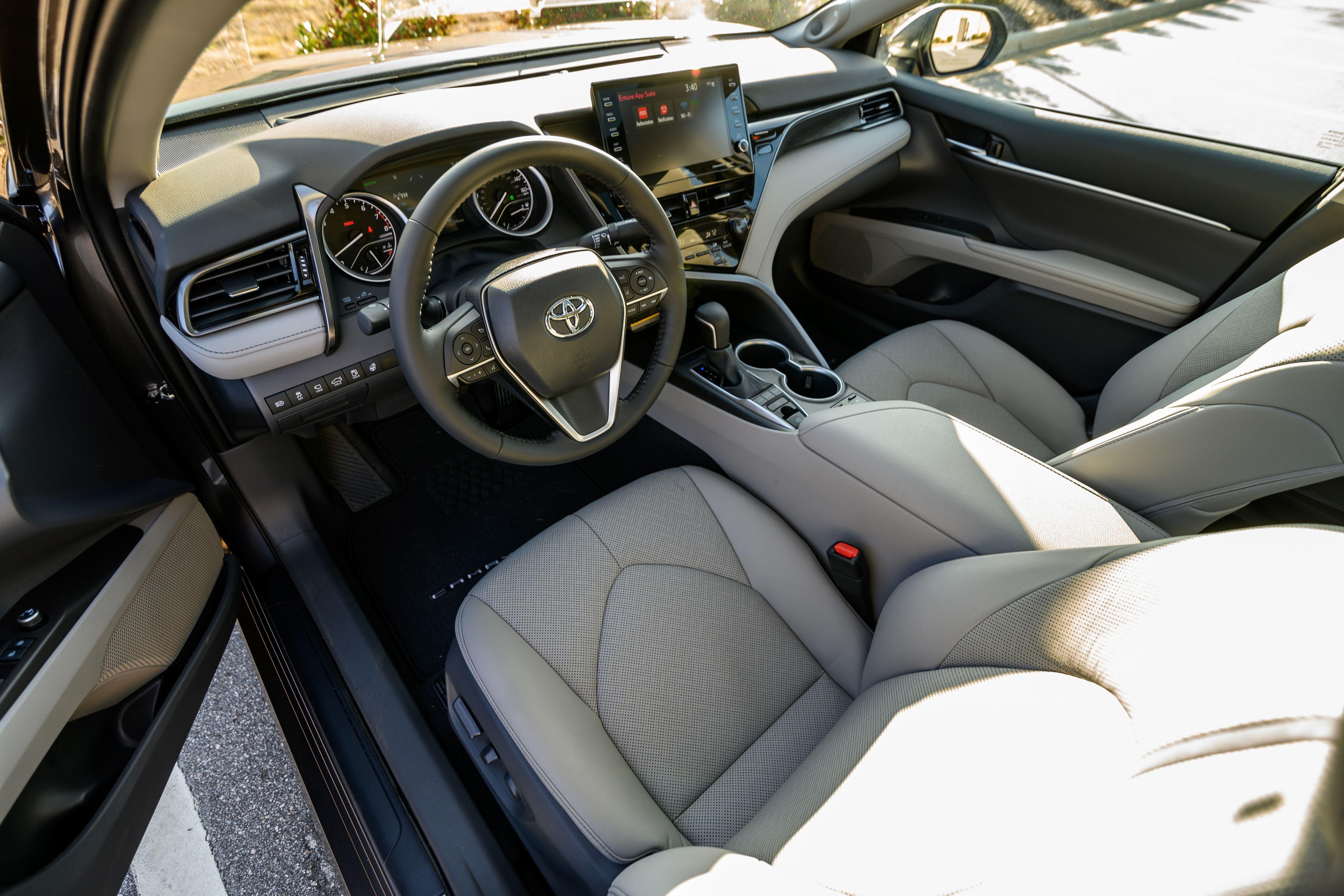 Toyota Camry AWD 2021 – vận hành linh hoạt với dẫn động 4 bánh Ảnh 9