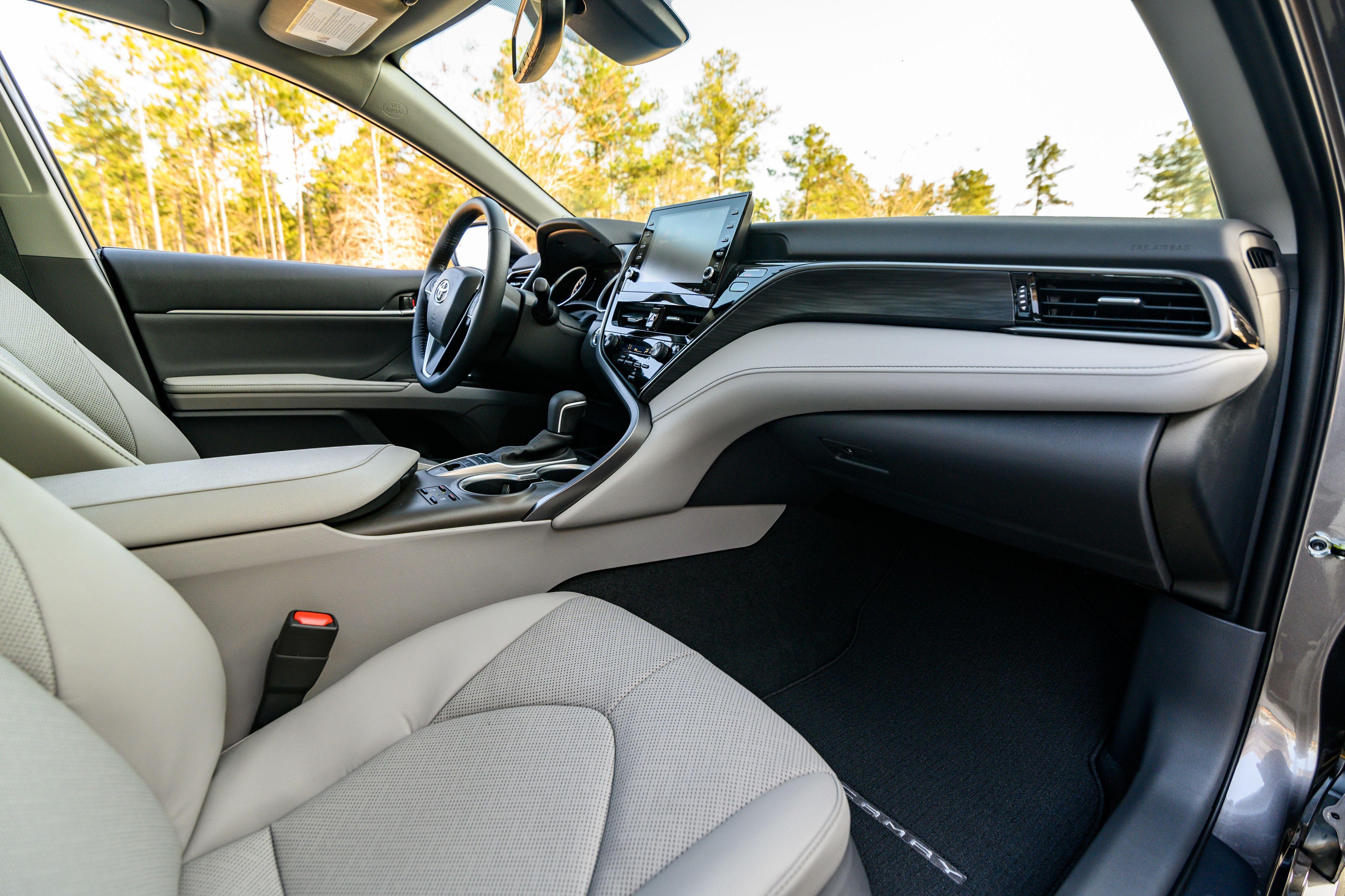 Toyota Camry AWD 2021 – vận hành linh hoạt với dẫn động 4 bánh Ảnh 10